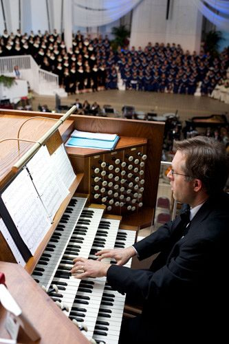 Dr. Winterfeldt is an accomplished organist.