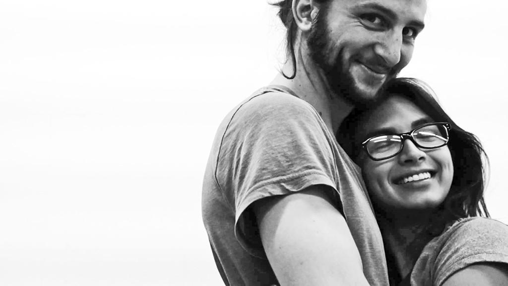 ENTRE NOSOTROS cast Jordan Klitzke '10 and Melissa Herrada