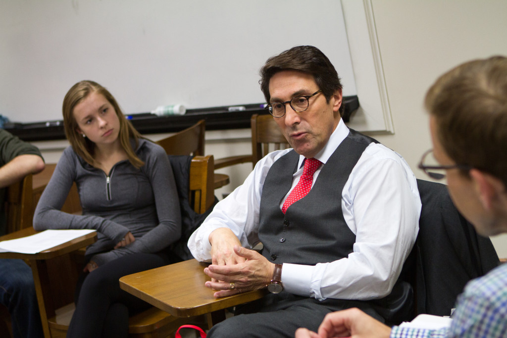 Dr. Jay Sekulow meets with class on Tuesday, March 15.