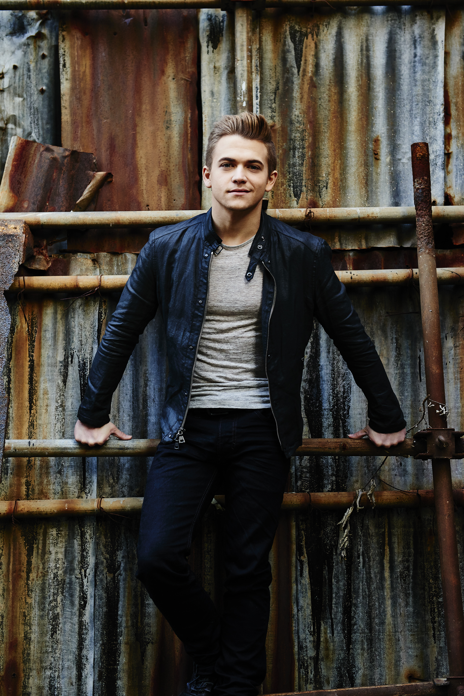 Public Tickets Now Available for Hunter Hayes Concert on April 23 ...