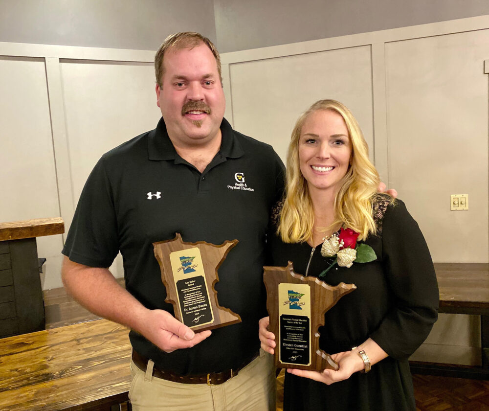 Professor Aaron Banks and Kirsten Thisius Guentzel '10 with their MNSHAPE awards.